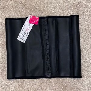 NEW! Squeeze Me Skinny Waist Trainer